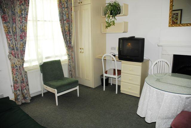 Central London 1 Bedroom Vacation Apartment - Image 1 - London - rentals