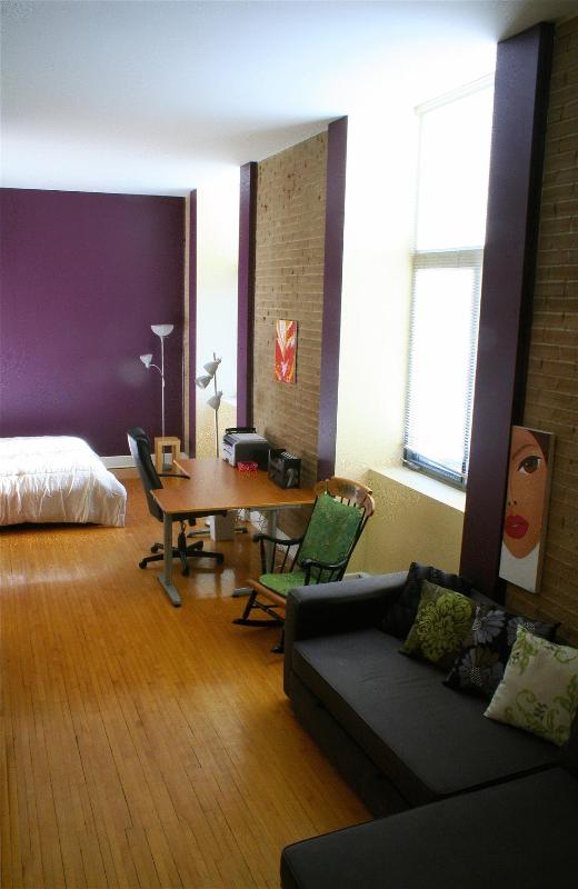 Living Area - Spacious Plateau Loft at Perfect Location - Montreal - rentals