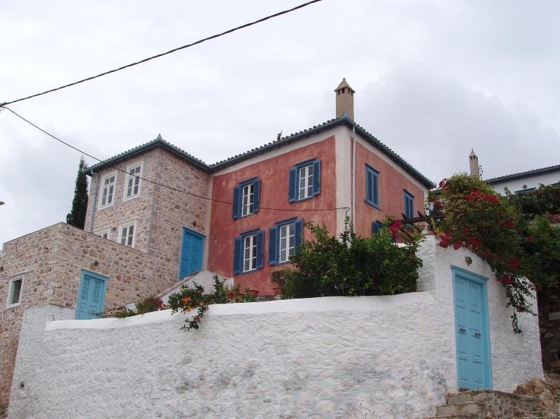 VILLA HELIOS  HYDRA - UPSCALE VILLA -  HYDRA ISLAND - GREECE - SEA VIEWS - Hydra - rentals