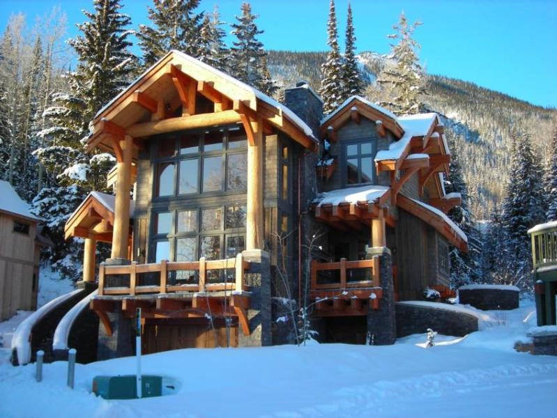 Beautiful Luxury Home at Kicking Horse Mountain Resort - Black Wolf Chalet - Golden - rentals