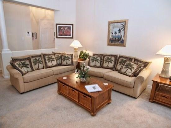 Living Area - TH3P159BD 3BR Pool Home Close to On-site Amenities - Davenport - rentals