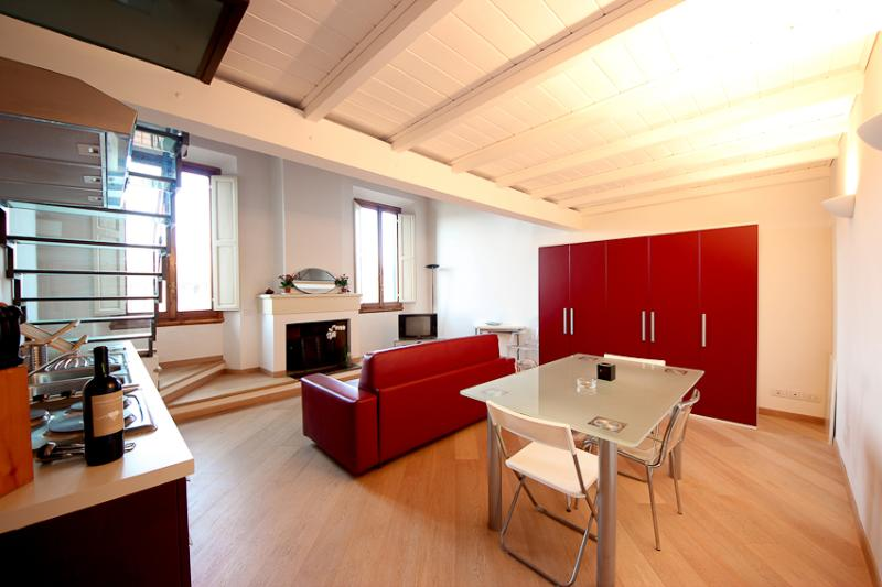 Tuscan Vacation Rental at Laura #2 Loft, Red - Image 1 - Florence - rentals
