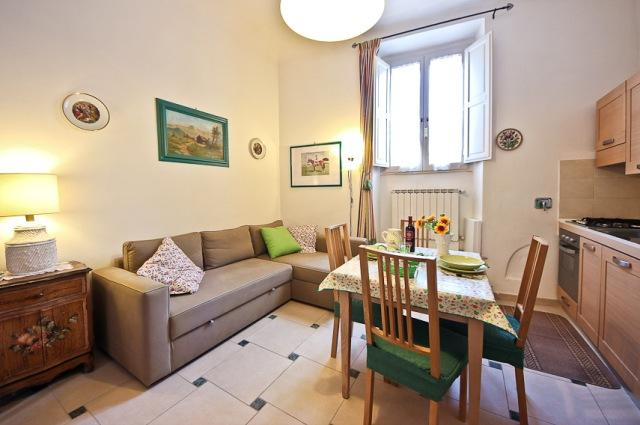 Ground Floor Apartment Rental in Florence, Italy - Image 1 - Florence - rentals