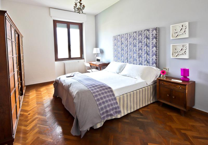 Spacious 2 Bedroom Apartment in Florence - Image 1 - Florence - rentals
