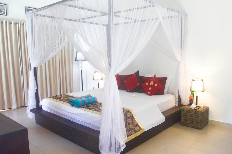 Master Bedroom - Private Pool Villa in Seminyak at 350m from Beach - Seminyak - rentals