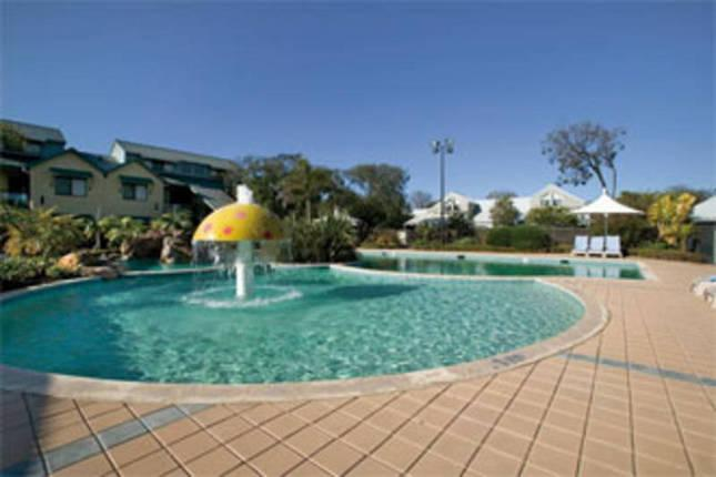 Outdoor Pool - Presidential Bungalow - Busselton - rentals