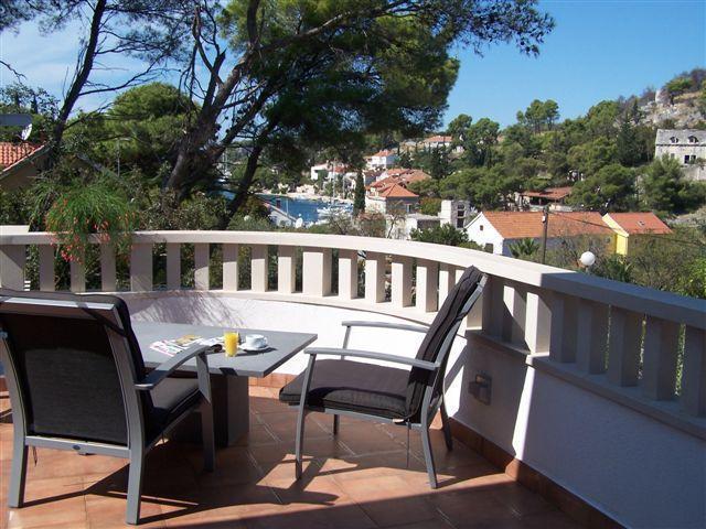25% off in June - Villa with pool, Bobovisca,Brac - Image 1 - Bobovisca - rentals