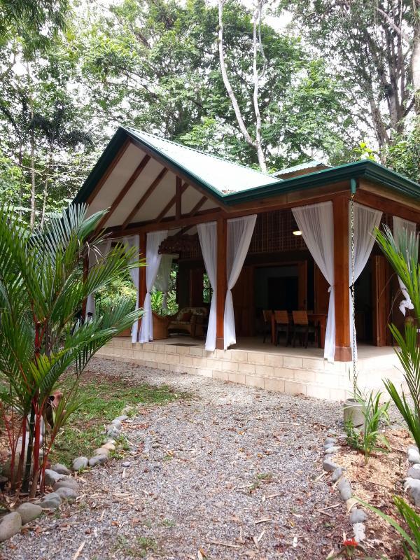 Casa Cacao - Jungle Honeymoon - Caribbean Honeymoon -Cocles Beach - Puerto Viejo de Talamanca - rentals