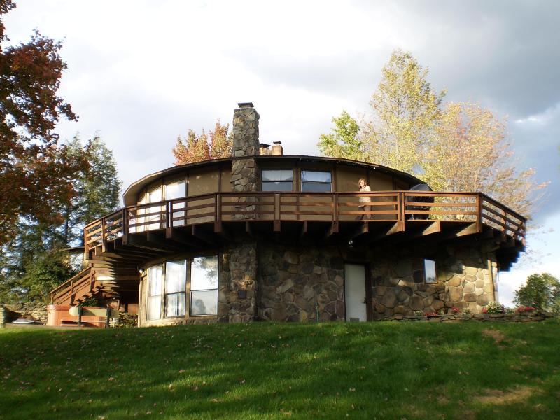 Welcome to the Elk Roundhouse - Elk Mountain Roundhouse - Forest City - rentals