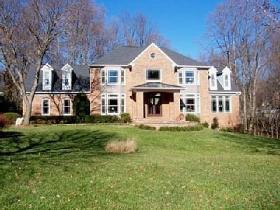 House from Front - WASHINGTON DC/NORTHERN VA-LUX 8,000' HOME W/POOL - Vienna - rentals