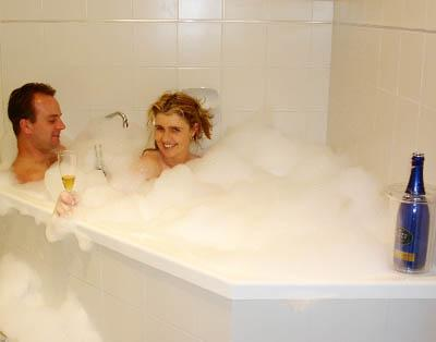 Double two person SPA - COTTAGES FOR TWO ~ DOUBLE SPA ~ LOG FIRE ~ PRIVATE - Cowes - rentals