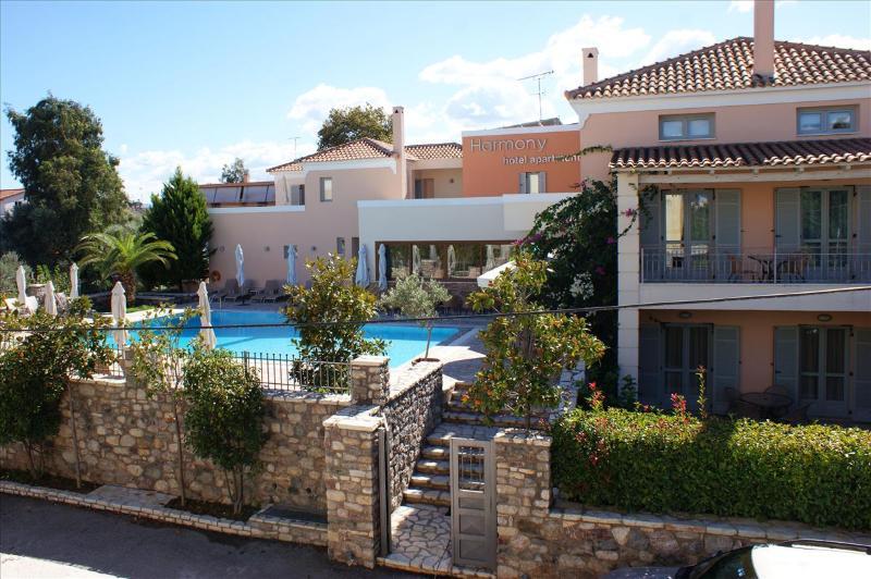 Harmony Hotel Apartments-Peloponnese-Egialia - Harmony Hotel Apartments Maisonette ERATO 2-5 pers - Longos - rentals