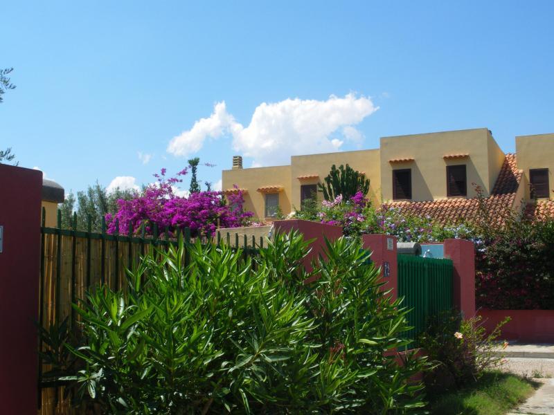 Fence - Strelitzia Holiday House - Quartu Sant'Elena - Sardinia - rentals