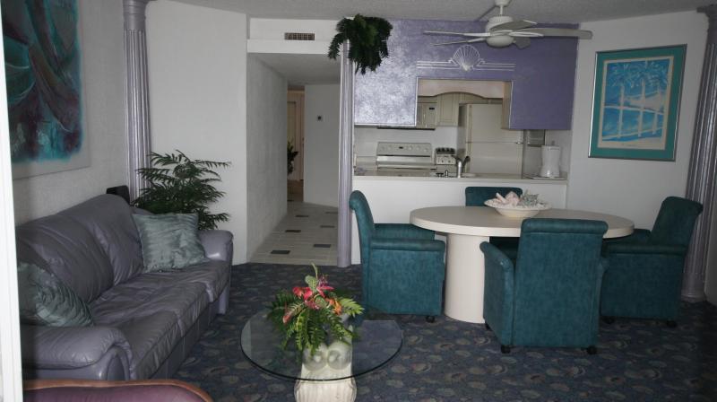 Living Room - Great one bedroom ocean front condo - Ocean City - rentals