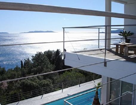Outstanding Le Lavandou Villa Holiday Rental with a Pool - Image 1 - Le Lavandou - rentals