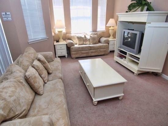 Orlando Condo Rental Living Area with TV Set - TR2C806TRC 2 BR Cozy Condo with Internet Access - Davenport - rentals