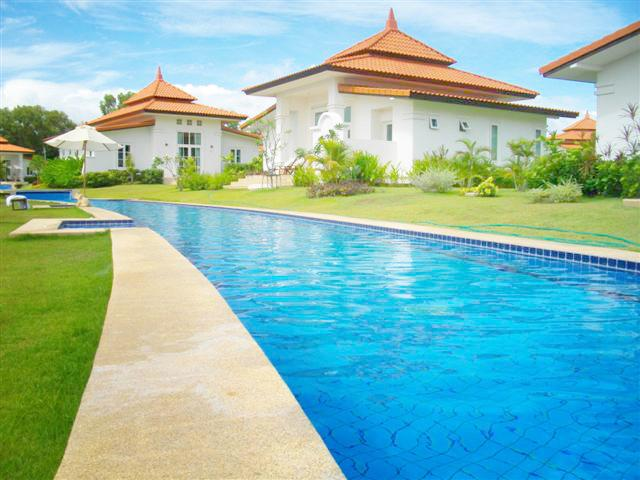 Villas for rent in Hua Hin: V5342 - Image 1 - Hua Hin - rentals
