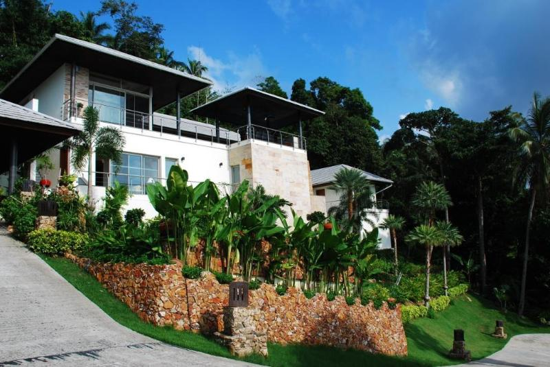 ElCid Villa - External View of Villa & Gardens - Luxury Villa stunning views - 35% off Feb & March - Koh Samui - rentals