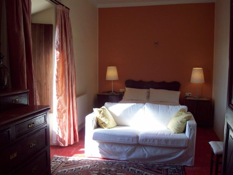 Master Bedroom - Beaches!  Spacious Stone Home in Medieval Village - Cruilles - rentals