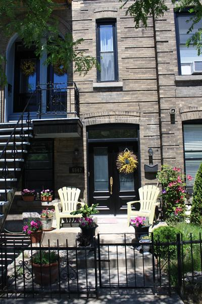 Exterior of triplex townhouse - apt located on 3rd floor - Bright & Spacious Minutes From Downtown - Montreal - rentals