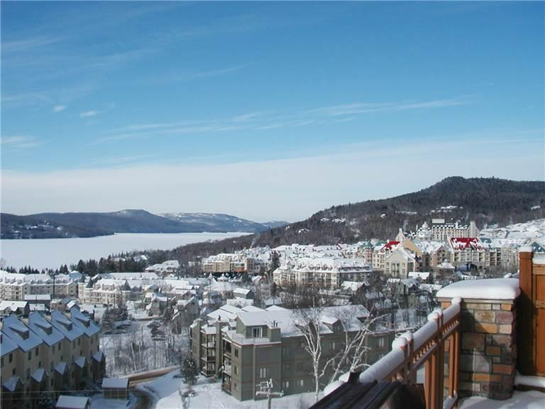 Great House with 1 BR, 1 BA in Mont Tremblant (Altitude 172-2) - Image 1 - Mont Tremblant - rentals