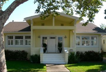 Welcoming craftsman cottage in charming neighborhood - Napa San Souci - Location! Private Yard & Gardens - Napa - rentals