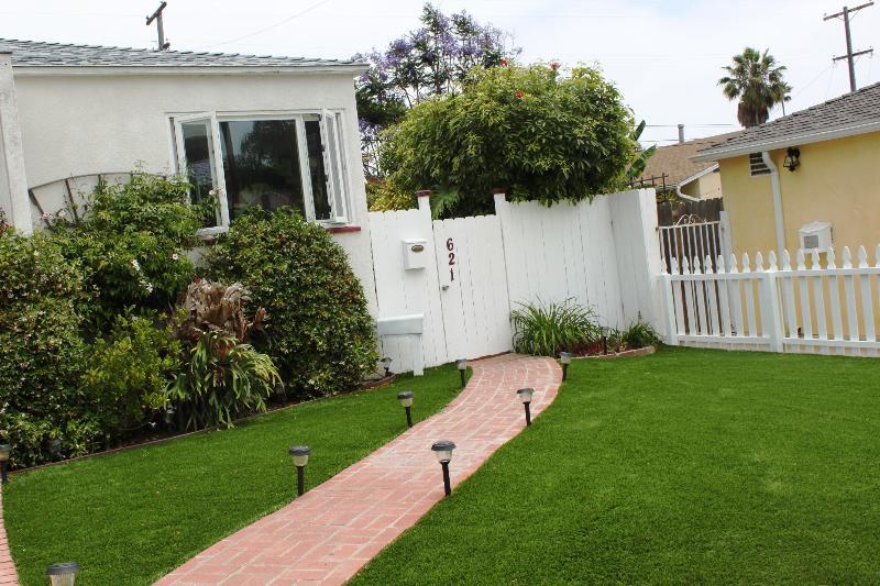 Windansea Retreat 1 Bedroom Hideaway. - Image 1 - La Jolla - rentals