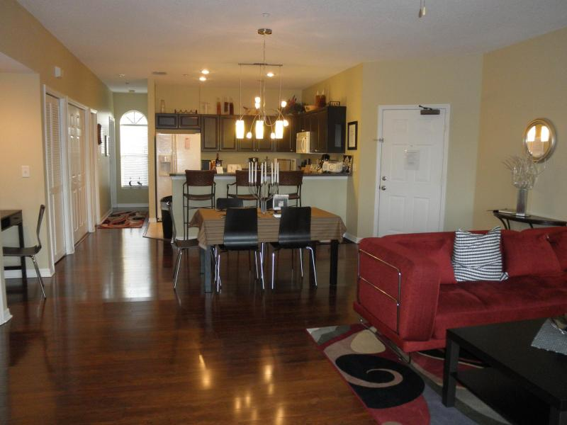 Huge Luxury Condo by the Beach with Pool - Image 1 - Indian Shores - rentals