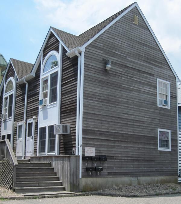 Five unit family friendly complex in the center of town - Beautiful 2 BR townhouse - Seaside Heights, NJ - Seaside Heights - rentals