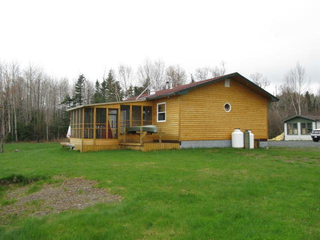 Gander Lake -  Luxury 1200 sq ft Cottage for rent - Image 1 - Gander - rentals