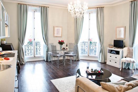 Welcome Home to La Charme du Marais ! - Central Balcony Bright & Luxury *FREE SEINE CRUISE - Paris - rentals