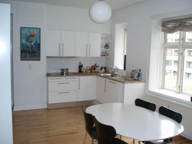 Soelvgade Apartment - Family friendly Copenhagen apartment at Kings Garden - Copenhagen - rentals