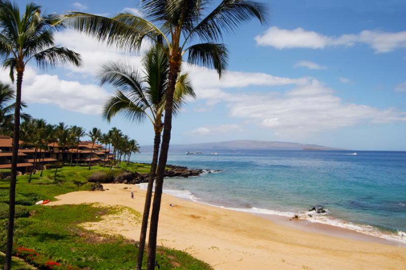 Beach at Makena Surf Resort - Makena Surf - Best Value Beachfront Wailea Condo - Maui - rentals