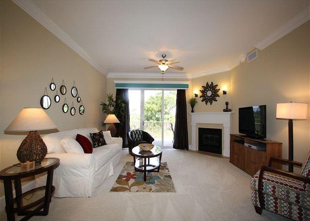 Comfortable Living Area - Sanctuary at Redfish 1105 - 6/4-6/11 Still Open~Inquire for 25% off!! - Santa Rosa Beach - rentals