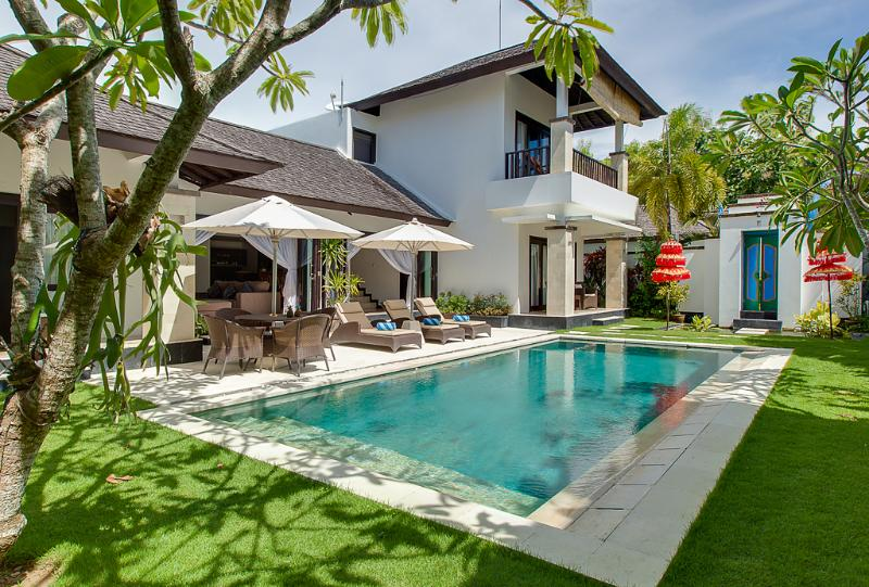 Villa Alamanda - Harbor and sunset view villa Alamanda, free kayaks - Nusa Dua - rentals