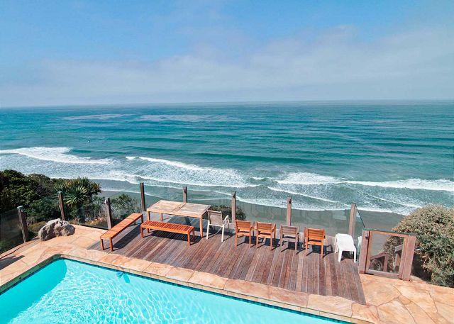 private pool with beach views  - Gorgeous Oceanfront Home with Private Pool E0221-0 - Encinitas - rentals