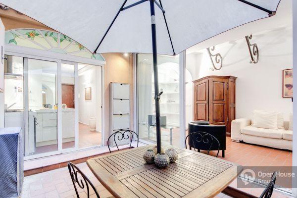 Retrome Monti:  Gracious apt in trendiest area - Image 1 - Rome - rentals