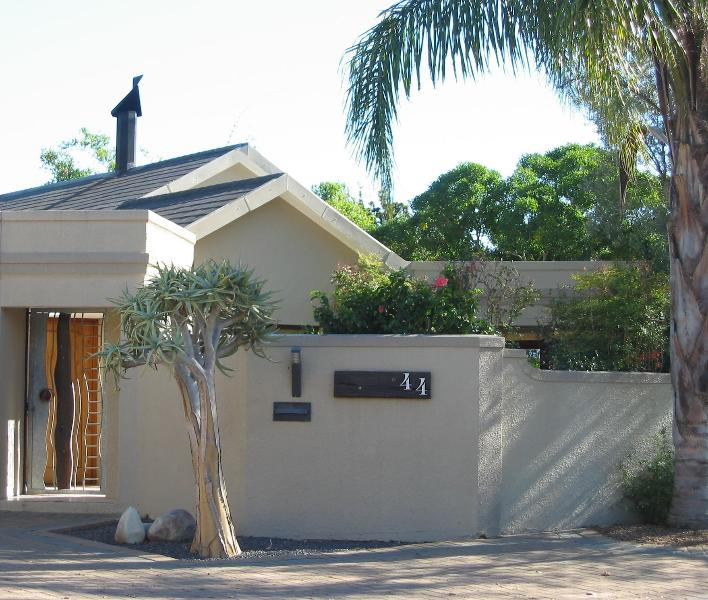 Luxury Family Home Cape Winelands, Stellenbosch - Image 1 - Stellenbosch - rentals