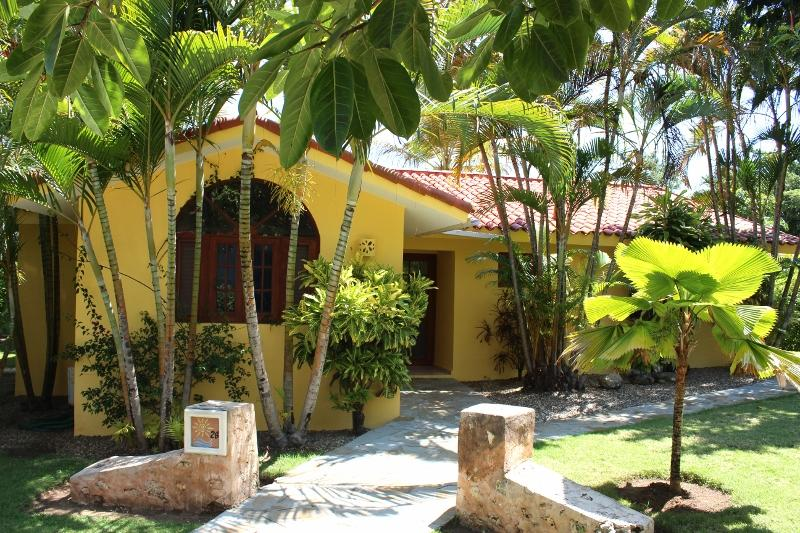 3 BDR Villa with a private backyard facing the green country, open kitchen/livingroom area. Mix a Mojito fire up the BBQ?(28) - Image 1 - Sosua - rentals