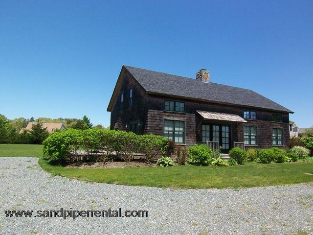 #7117 The location is fantastic for heading to South Beach - Image 1 - Edgartown - rentals