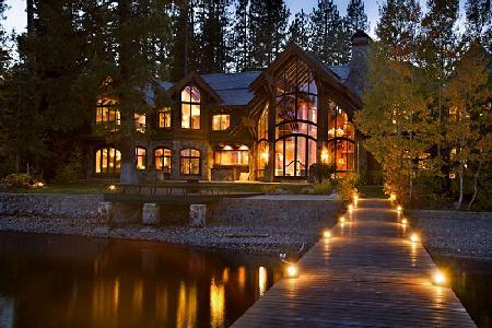 Nineteen-Seventy offers 12,000 ft² of lavish lakefront living with pier & jacuzzi - Image 1 - Lake Tahoe - rentals