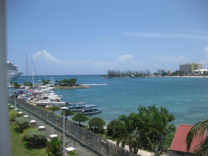 Marina View - 2 Bedroom Condo in the Heart of Ocho Rios, Jamaica - Ocho Rios - rentals