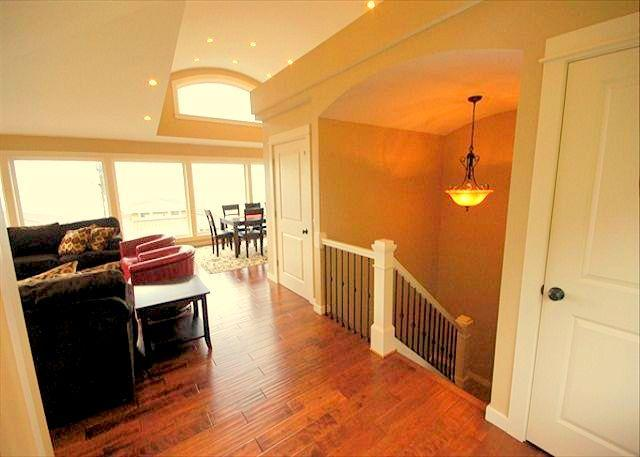 Open Floor Plan with high-end finishes throughout - Elevator, Master Suites, Jacuzzis & walk to Beach! - Netarts - rentals