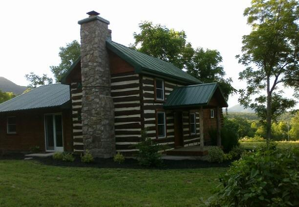 1850's Massanutten Springs Cabin - ROMANTIC / LUXURY 1850's Massanutten Springs Cabin - Luray - rentals