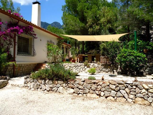 Detached Villa + pool ALTEA LA VIEJA Costa Blanca - Image 1 - Alicante - rentals