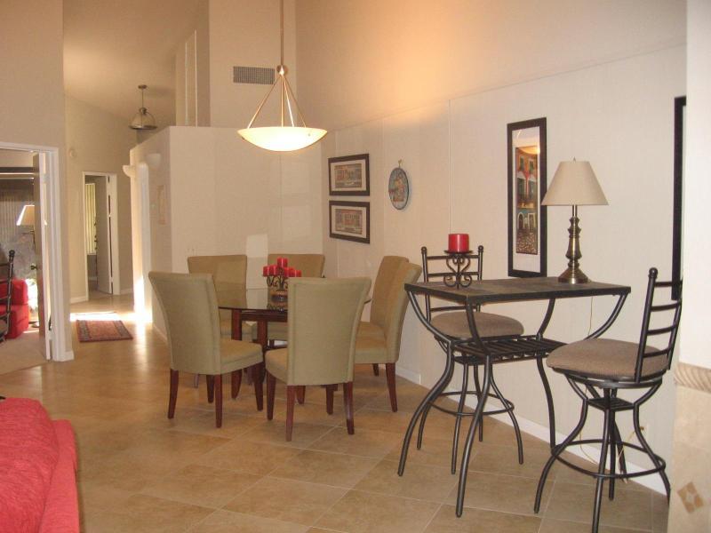 Dining area - Golf Course Condo In Palm Desert, Ca - Palm Desert - rentals