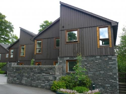 KESWICK BRIDGE 16, 2 Bedroomed, Keswick, Christmas and New Year weeks - - Image 1 - Keswick - rentals