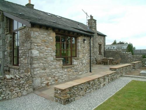 KNOTT VIEW BARN, Kirkby Lonsdale - Image 1 - Kirkby Lonsdale - rentals