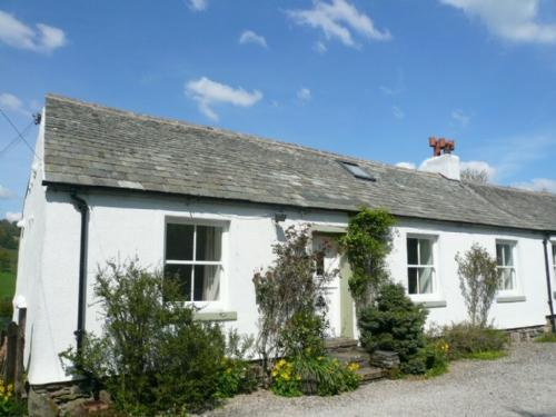 MELL VIEW COTTAGE, Matterdale - Image 1 - Ullswater - rentals
