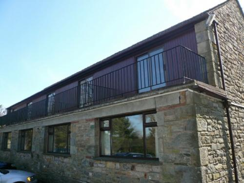 WOODSIDE COTTAGE 3 Pooley Bridge Holiday Park, Ullswater - Image 1 - Pooley Bridge - rentals